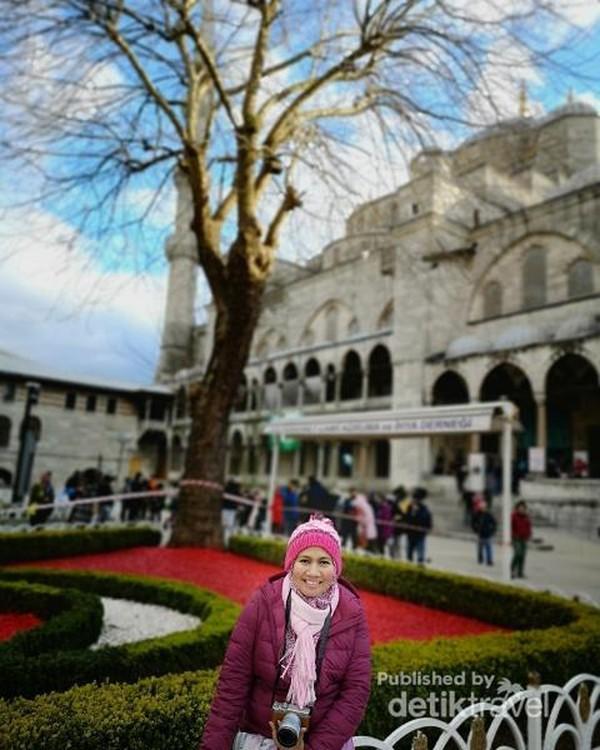 Akhirnya sampai ke Blue Mosque juga, masjid megah ikon Istanbul