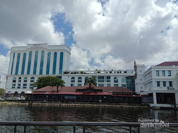 Pelabuhan Berjaya Waterfront Johor Malaysia