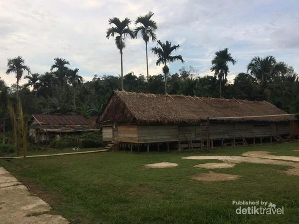 Bangunan Gereja di Dusun Gotap, Saliguma, Siberut Tengah, Kab. Mentawai
