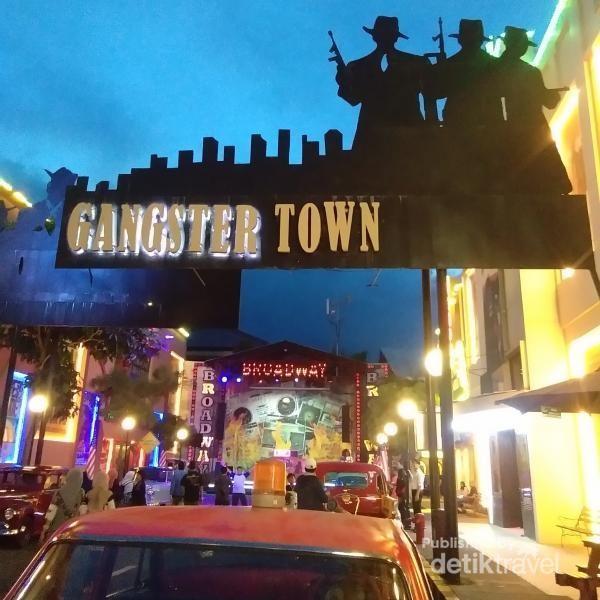 Gangster Town yang berada di Zona Amerika