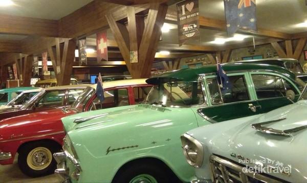 Mobil-mobil antik di zona Eropa