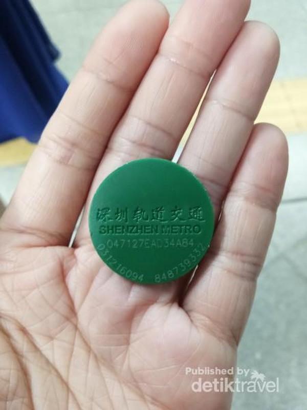 Koin untuk naik MTR di Shenzhen