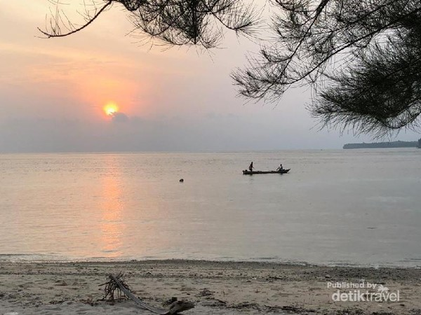 Sunset di Pantai Jati