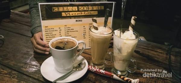 Menu sajian kedai kopi yang harus dicoba