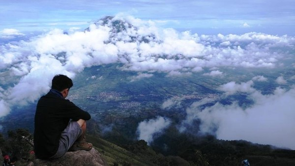 Menikmati suasana Gunung Sumbing