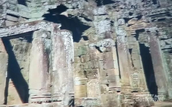 Lorong-lorong pintu masuk Bayon Temple dari berbagai sisi