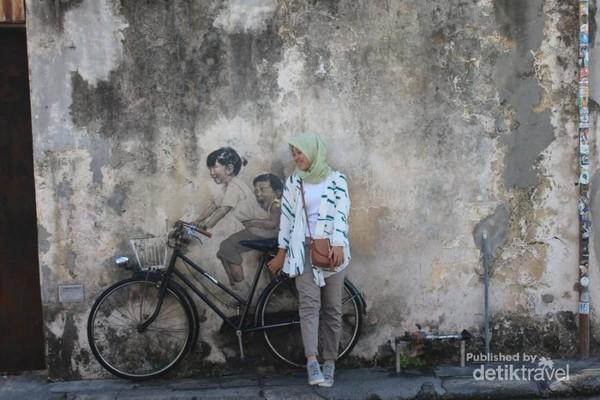 Salah satu mural di Street art of Penang