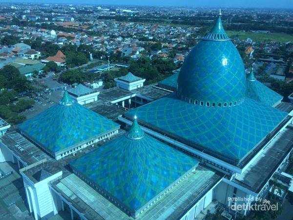 Masjid Kubah Biru