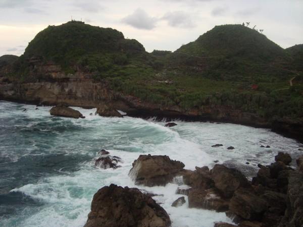 Pantai Sembukan Pintu Masuk Ke Alam Nyi Roro Kidul