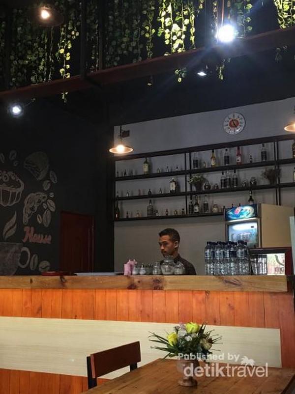 El Corner Cafe salah satu cafe yang sedang hits di Ende