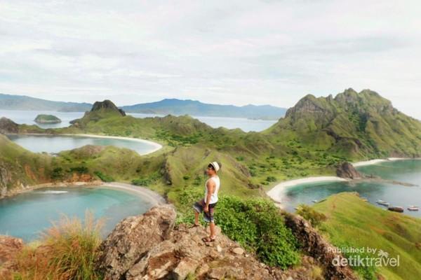 Puncak Pulau Padar, dimana menjadi primadona semua traveler yang berkunjung.
