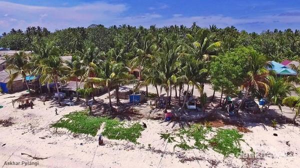 Desa nelayan di Pulau Salissingan