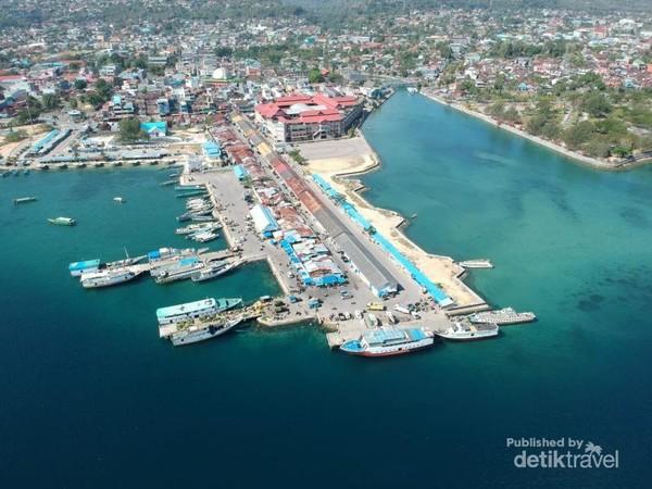 Dermaga Bau Bau menuju penyeberangan ke Pulau Siompu