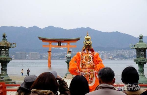 Tarian Tradisional Jepang