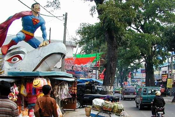 Jalan Cihampelas (paketwisata.blog.com)