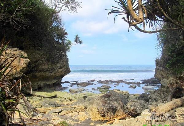 Gerbang samudera Indonesia