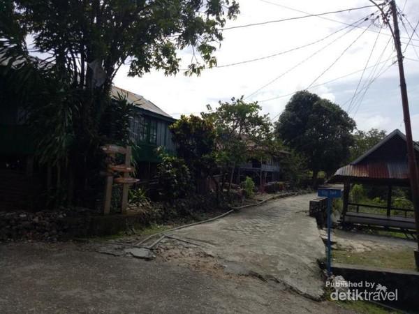 Suasana Permukiman di Desa Adat Liya