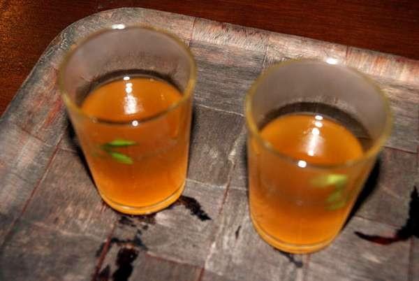 Minuman Ratu Mas (Desi Dwistratanti Sumadio/ dTraveler)