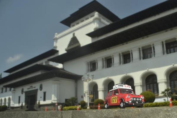 Diecast di Gedung Sate, Bandung