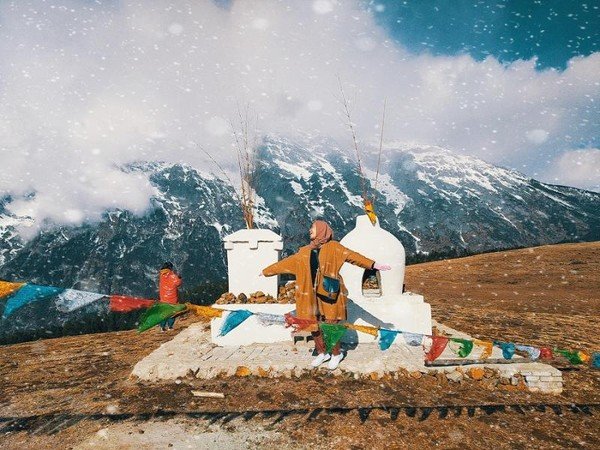 Keindahan gunung Jade Dragon Snow Mountain