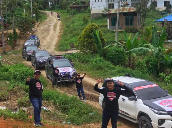 Komunitas ID42NER bantu korban gempa