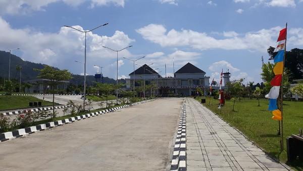 Skouw jadi titik perbatasan antara Kota Jayapura dengan Wutung, Papua Nugini (PNG). Setiap akhir pekan, Skouw jadi pilihan favorit warga Kota Jayapura untuk berlibur. (Hari Suroto/Istimewa)