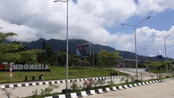 Sejak perbatasan RI-Papua Nugini ditutup, saat ini wisatawan Indonesia hanya bisa berkunjung di Pos Lintas Batas Negara (PLBN) Skouw saja, tidak bisa melintas ke Papua Nugini. (Hari Suroto/Istimewa)