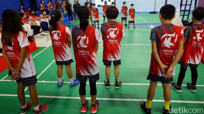 Sepuluh pemenang IndiHome Gideon Badminton Academy (IGBA) akan dibina langsung oleh sang Juara Dunia di Gideon Badminton Hall, Ciangsana, Bogor, Jawa Barat, Jumat (5/2/2021).