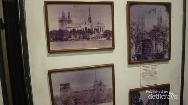 Ada juga foto kuno pada saat Katedral dibangun