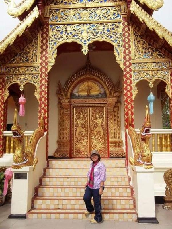 Salah satu kuil tempat ibadah di Doi Suthep.