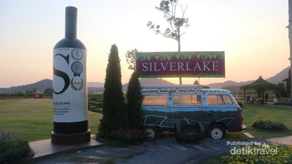 Photo booth yang ada di kawasan Silverlake