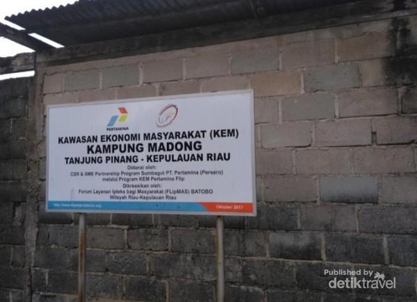 Kawasan ekonomi Kampung Madong