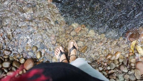 Jernihnya air di Riam Ampang Kabupaten Bengkayang Kalimantan Barat