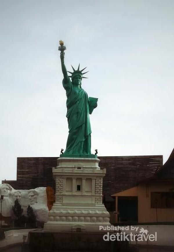 Patung Liberty dari New York, Amerika Serikat