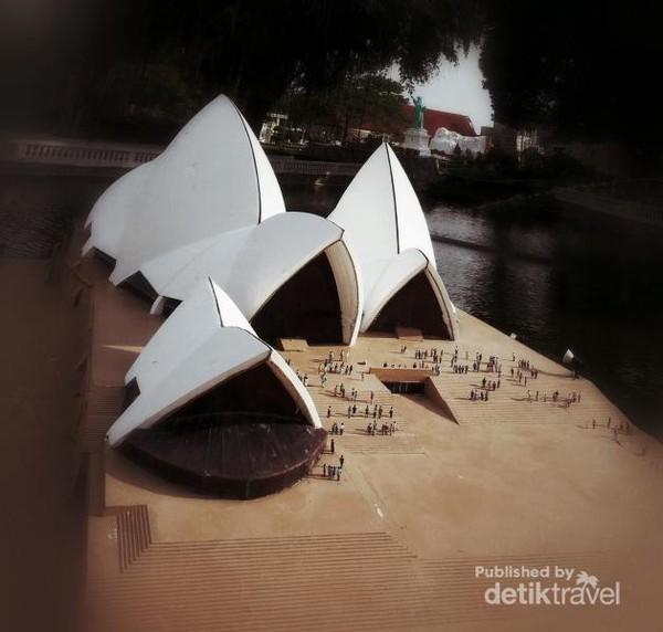 Sydney Opera House dari Australia