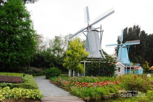 kincir angin khas negeri Belanda