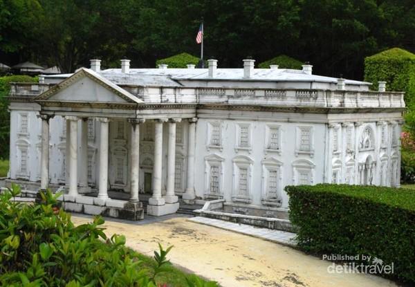 miniatur White House, aslinya sih ada di Amerika