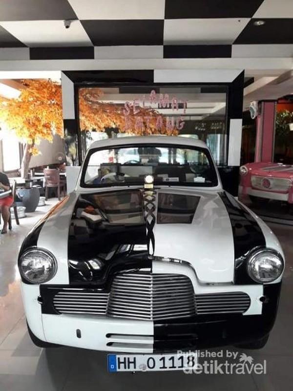 Selamat datang di Love Exotic Cars Resto.