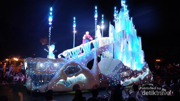 Tokoh Anna  Elsa dalam film Frozen