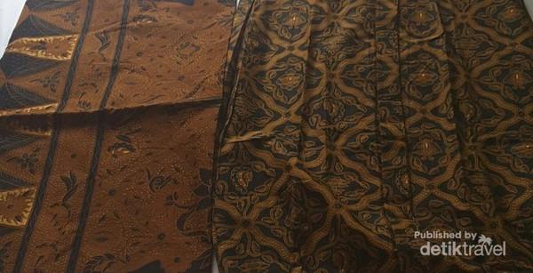 Kamu bisa mencari berbagai motif jarik dan kain lainnya di Pasar Klewer