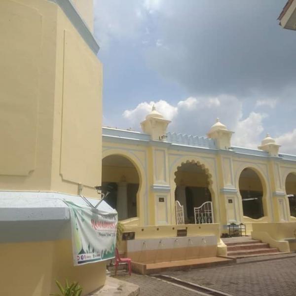 Bangunan masjid di Lebuh Acheh, peninggalan para saudagar Aceh di masanya.