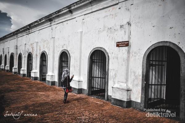 Peninggalan Inggris yang penuh nilai sejarah Negara Indonesia, yang berada di kota Bengkulu, Indonesia