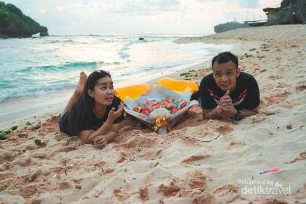 Just between me and you at Pantai Ngandong