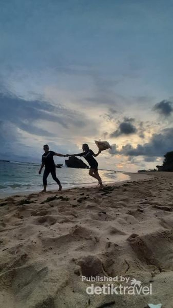 Senja indah di Pantai Ngandong