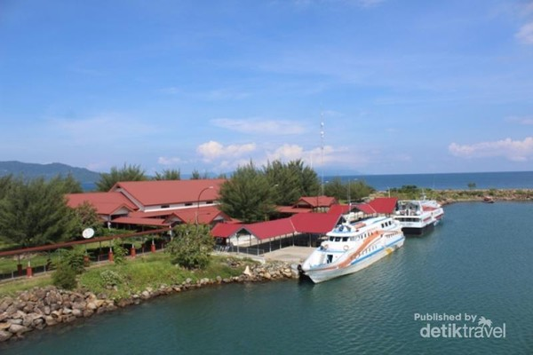 Pelabuhan Ulee Lheue Gerbang Wisata Menuju Sabang