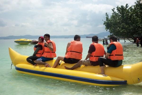 Banana boat!