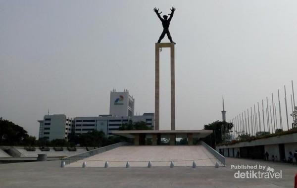 Monumen yang diresmikan pada tanggal 18 Agustus 1963 oleh Presiden Soekarno makin terlihat cantik