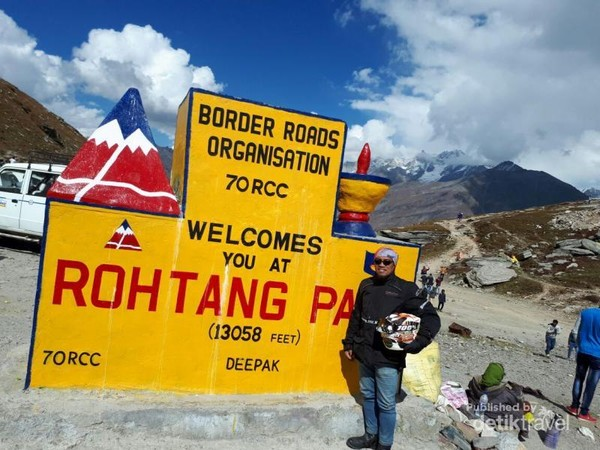 Rohtang Pass jalan tertinggi ke-2 di dunia