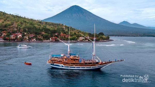 Kapal Liveaboard Cheng Ho oleh Indonesea.id