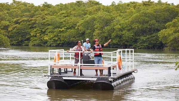 Selain bermain di air, masih banyak aktivitas lain yang bisa dilakukan traveler. Di antaranya, ATV di kawasan hutan atau mengelilingi hutan mangrove. (dok.Treasure Bay Bintan)